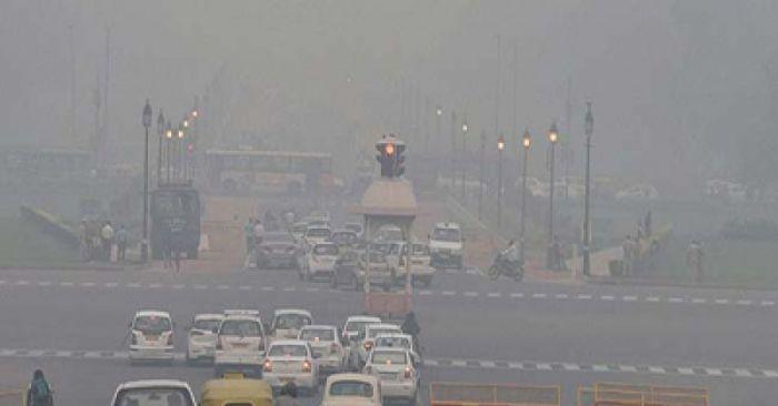 दिल्ली का खतरनाक प्रदूषण :- विकास मॉडल की असफलता?
